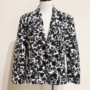 Apostrophe Stretch Black & White Floral Blazer